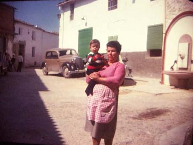 1975 (?) La Tia Rosa