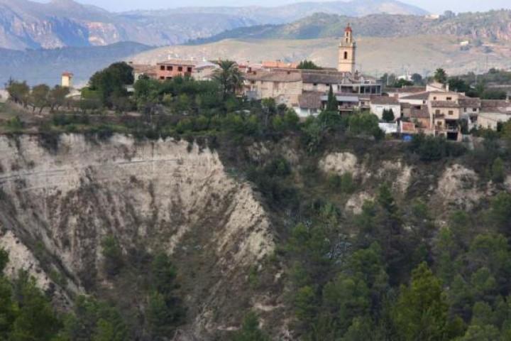 2017.02.07.COPE. Benillup busca soluciones para el Barranco de Caraita
